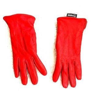 🔥🔥🔥 2/$10 Red leather gloves size 7